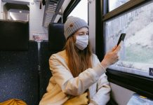 How to stay safe from coronavirus while travelling